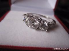 Felépítményes, fehéraranyozott eljegyzési gyémánt gyűrű!