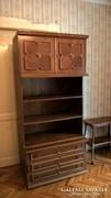 Koloniál szekrénysor