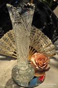 Ólomkristály magas, nehéz, sürűn csiszolt váza