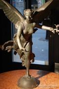 Angyal hattyúszárnyakkal 1700-as évekből. Tömör bronzszobor