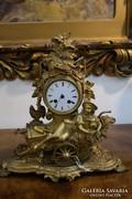 Aranyozott bronz asztali óra