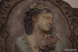 Női portré, gipszkép