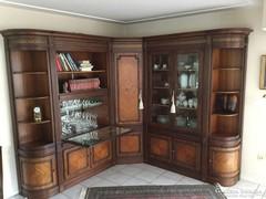Empire XVI.Lajos stilusú nagytálaló nappali sarokszekrény