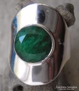 925 ezüst gyűrű 17,3/54,3 mm opak smaragddal