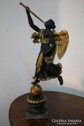 Empire angyal faszobor