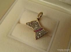 Art deco - kutya arany medál gyémánt rubin ékítéssel hűség