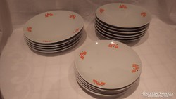 Zsolnay porcelán retro mintás tányérkészlet