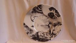Jelzett nagyméretű zománcfestett tál , érdekes darab