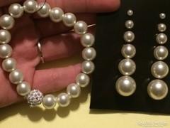 Szépséges gyöngy szett Hat pár gyöngy fülbevaló + gumis kari