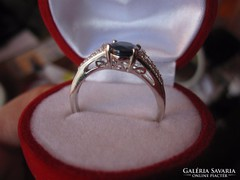 Boltozatos zafír ezüst gyűrű - fehér topáz, fehérarany