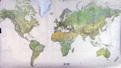 0K705 Geocarta domborzati világtérkép 72 x 124 cm