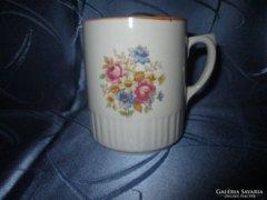Virágcsokros Zsolnay bögre, csésze
