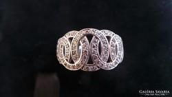 Fehérarany gyűrű 375 4,9 gramm
