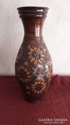 Korondi padló váza