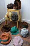 Régi női férfi szalon kalapok sapkák molymentes állapotban