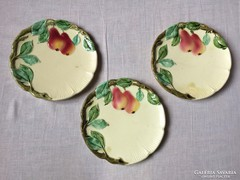 Körmöcbánya körtés tányérok