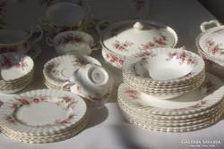 Royal Albert 12 szem. Angol Lavendel rose ét/teás/kávés/süt