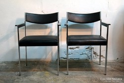 Fekete retro székek