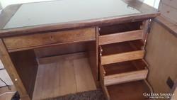 Art-deco diófa íróasztal