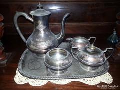 Ezüstözött angol teáskészlet tálcával eladó!