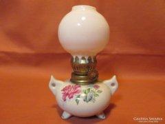 Szépséges kis rózsás petróleum lámpa