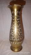 Indiai vésett réz váza
