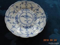 18 sz-Meisseni IMMORTELLE-máz alatti kobaltkék mintás tányér