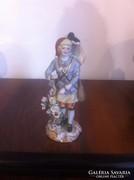 Kézi festett, aranyozott porcelán figura (gs0078)