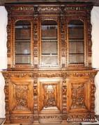 Csodaszép,antik,felújított,dúsan faragott reneszánsz tálaló