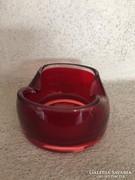 Piros, kétrétegű üveg tálka, hamutartó (94)