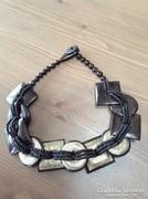 Vizibivaly szarvból készült kézműves nyaklánc