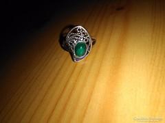 Csipkés malachit köves ezüst gyűrű
