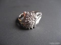 Fehérarany gűrű gyémánttal