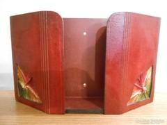 Iparművészeti bőr/bőrdíszmű falidísz/papírzsebkendő tartó