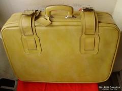 Gyönyörű,krémsárga utazó bőrönd,bőr,hibátlan