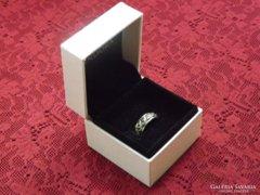Antik, markazittal kirakott ezüst gyűrű
