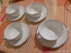 Porcelán teáskészlet 4 személyes
