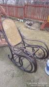 Hajlított fa bútor , hintaszék