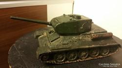 Antik tank, harkocsi modell