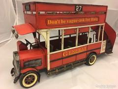 Fém emeletes busz modell