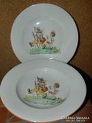 Zsolnay mese mintás tányér párban.