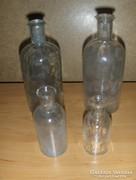 Régi gyógyszeres üvegek egyben 4 db (27/d)