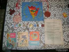 Kisdobos, úttörő és egyéb szocis emlék tárgyak gyűjteménye