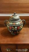Gyönyörű, régi kézzel festett kerámia edény