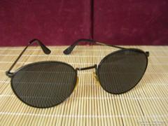 Retró férfi napszemüveg