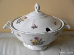 Porcelán virágos cseh leveses tál