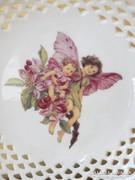 Tündéres porcelán falitányér