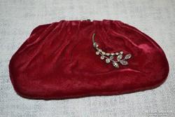 Alkalmi kis táska bross dísszel ( NV )