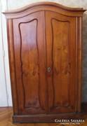 2 db XIX. századi szekrény 1polcos 1 akasztós