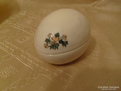 Porcelán tojás bonbonier